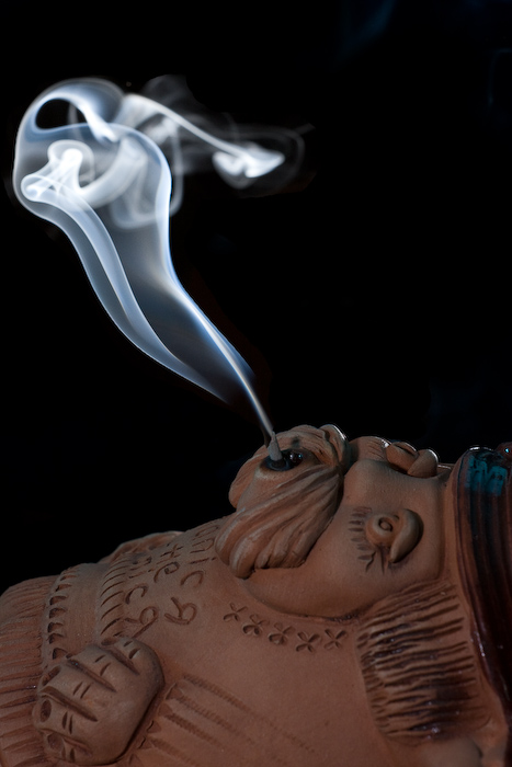 Smoking ceramic man