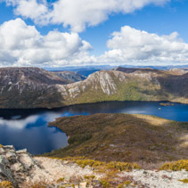 Dove lake panorama and Cradle Moutain on bright sunny day. Cradle Mountain National Park, Tasmania, Australia