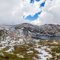 Beautiful Panorama of Blue Lake and snow covered mountains. Kosc